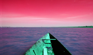 Mali Niger boat red