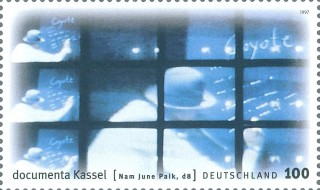 Briefmarke_Nam_June_Paik_d8_1997
